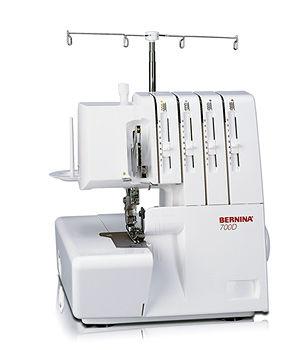 Máquina de coser Overlock-Recubridora Bernina 700 D