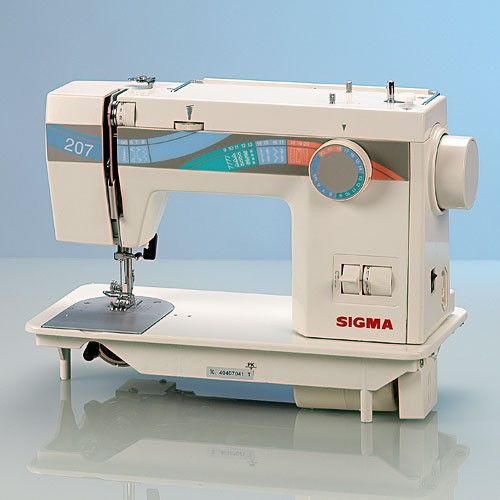 Máquina de coser Sigma modelo 207.