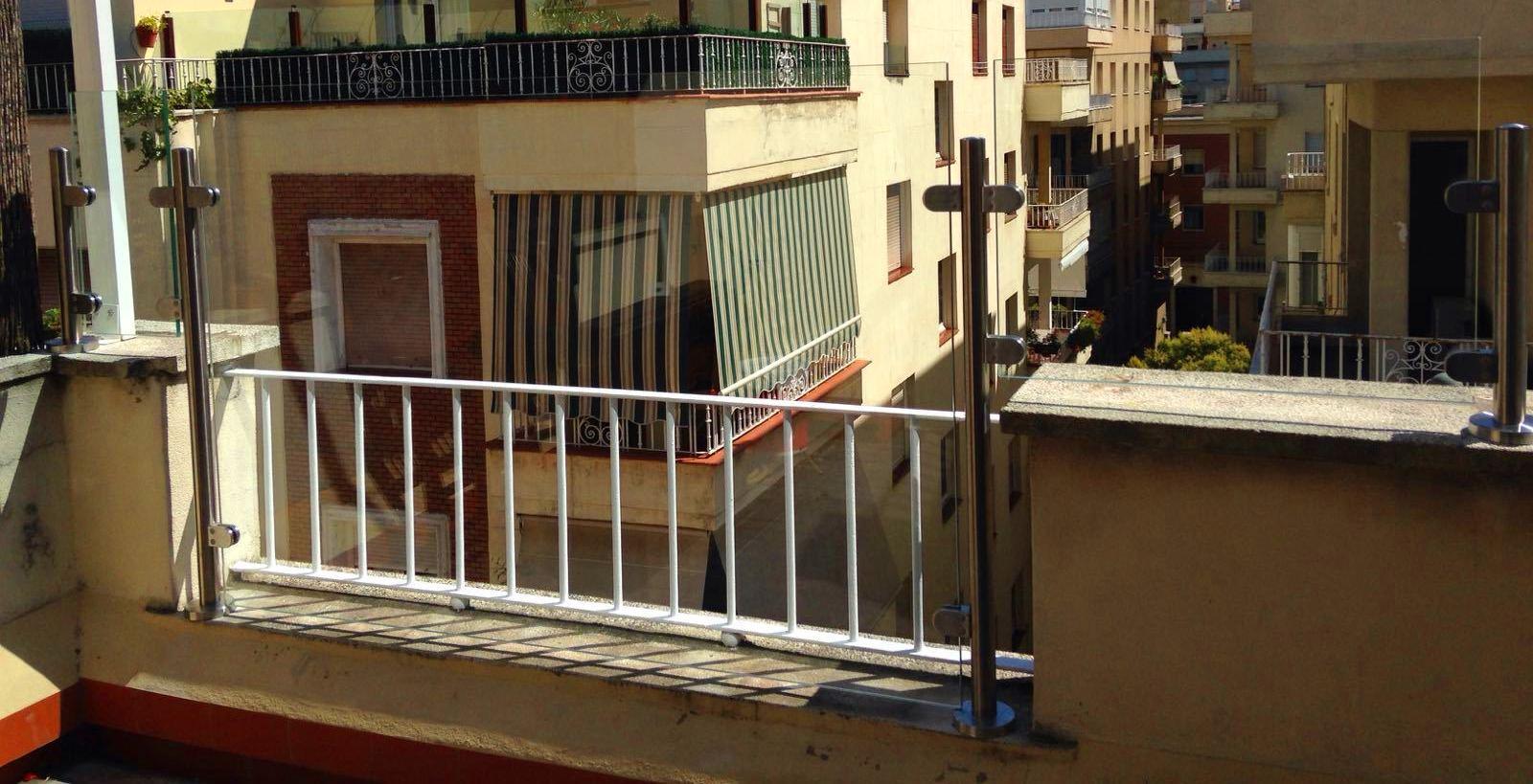 Foto 11 de Cristalerías en Madrid | Cristalería Suárez Álvarez, S.L.
