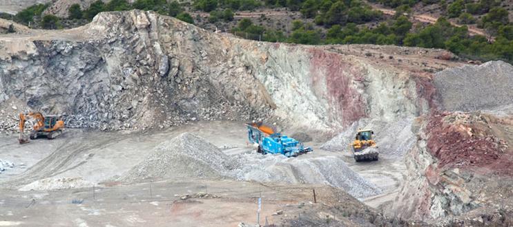 Extracción de yeso en Murcia