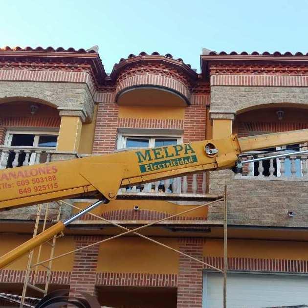 Foto 39 de Instalación y mantenimiento de canalones en Jaraíz de la Vera | Melpa Canalones