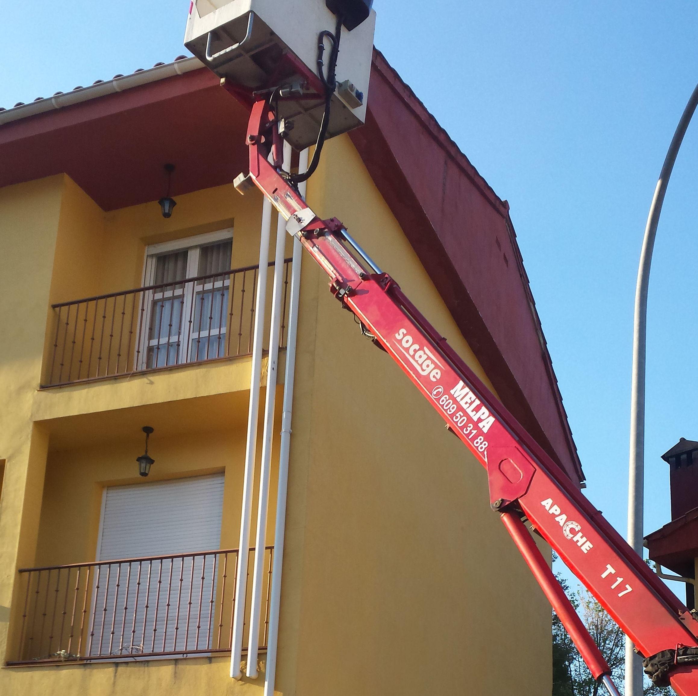 Foto 52 de Instalación y mantenimiento de canalones en Jaraíz de la Vera | Melpa Canalones