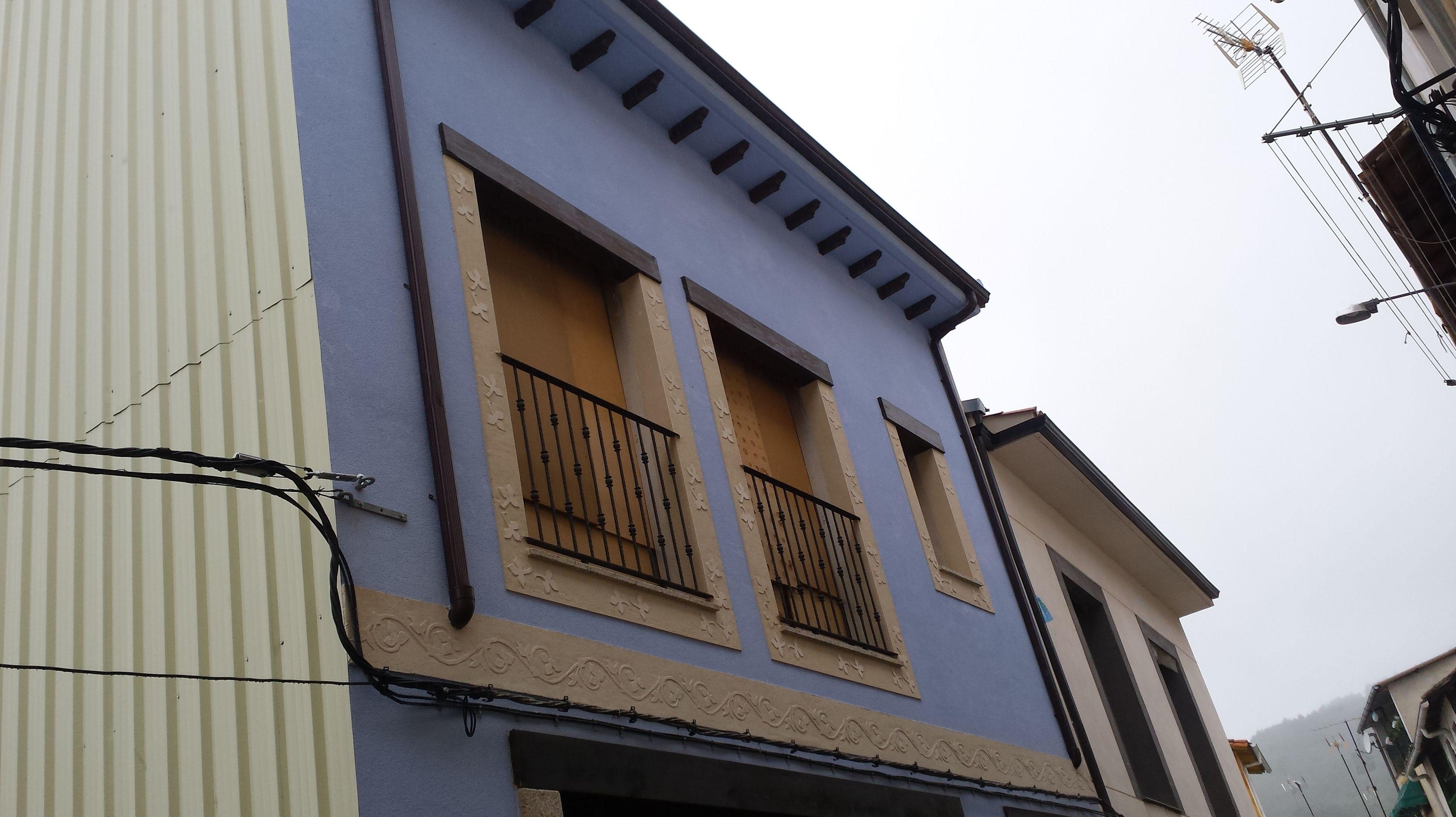 Foto 46 de Instalación y mantenimiento de canalones en Jaraíz de la Vera | Melpa Canalones