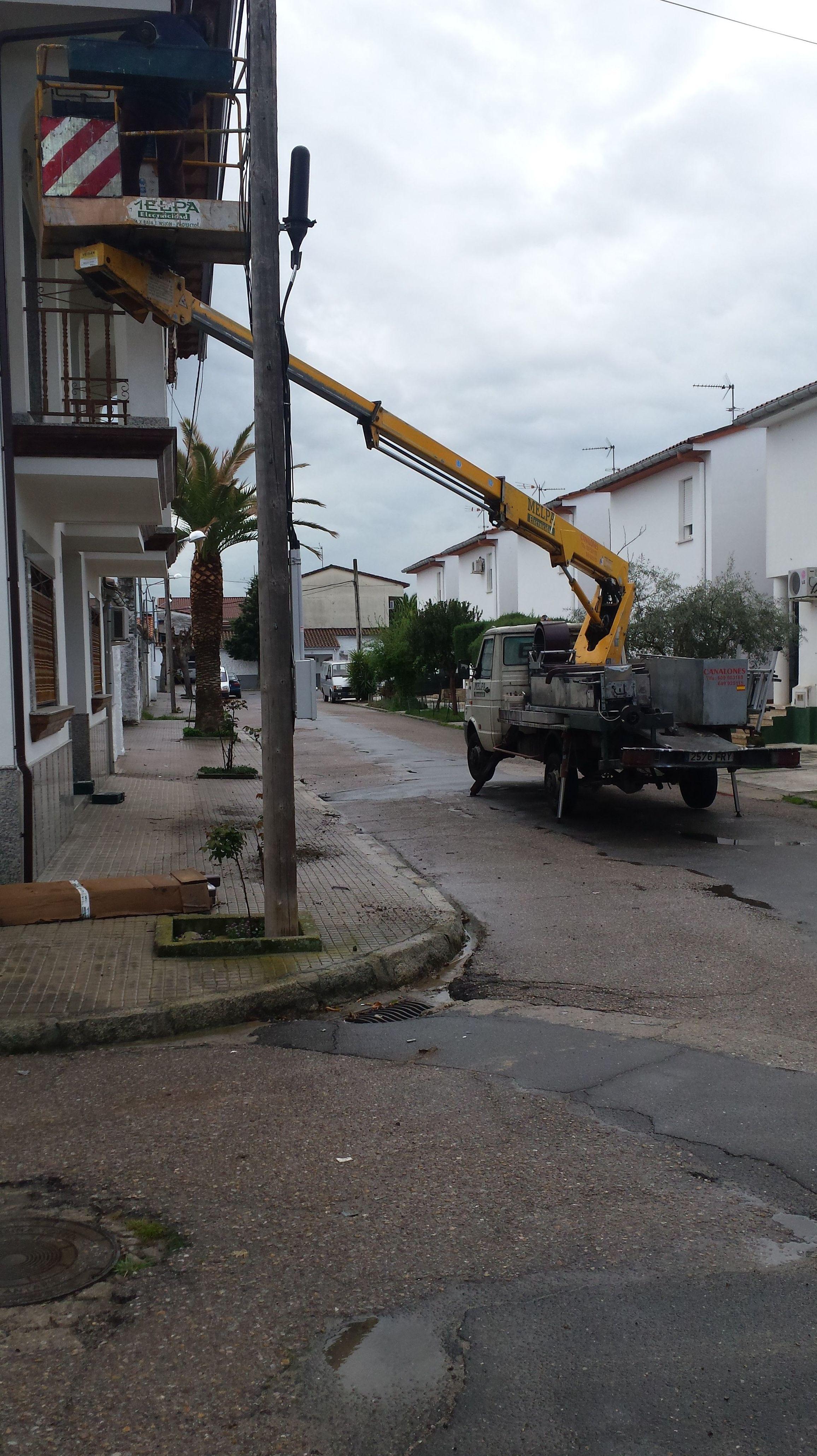 Foto 44 de Instalación y mantenimiento de canalones en Jaraíz de la Vera | Melpa Canalones