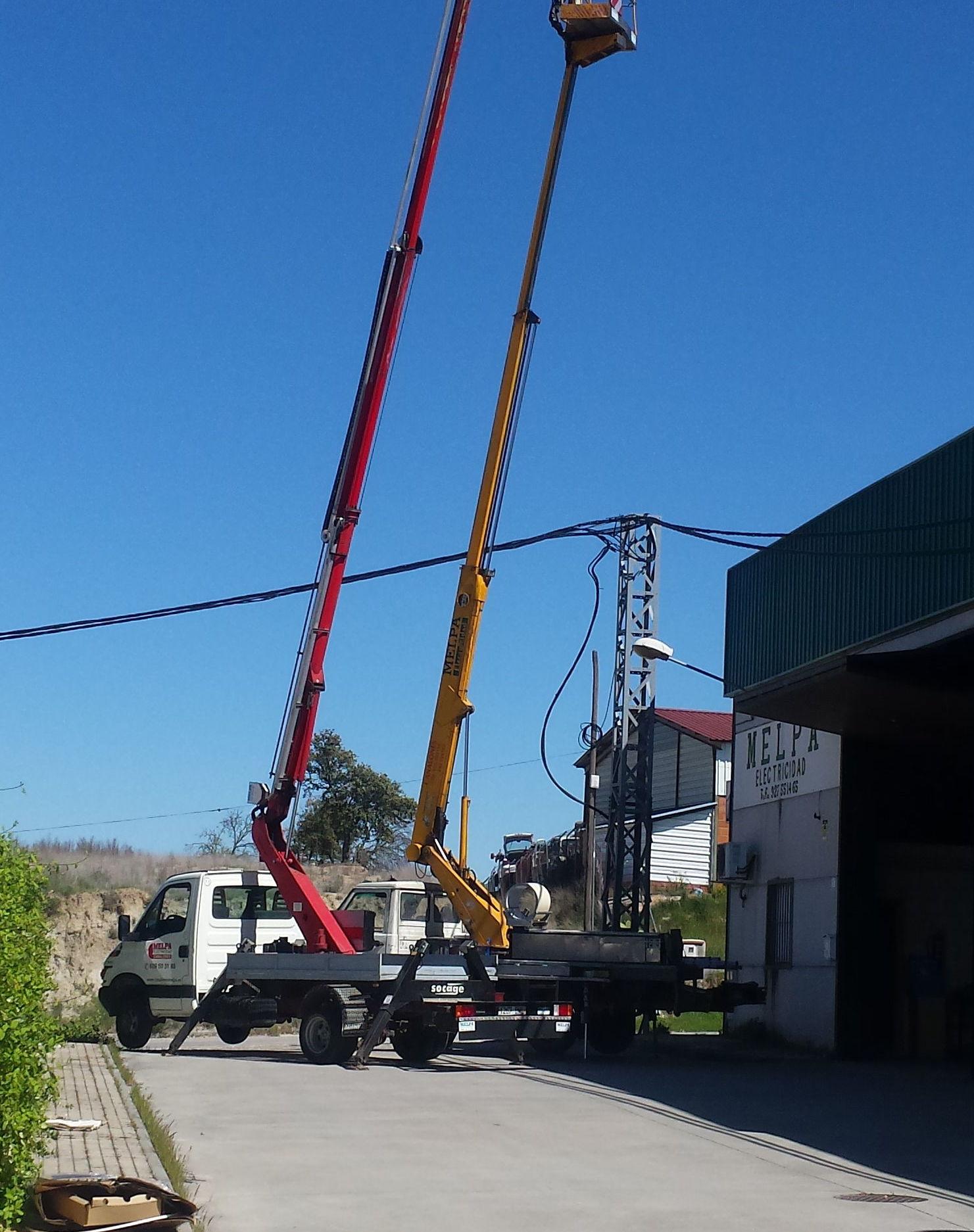 Foto 2 de Instalación y mantenimiento de canalones en Jaraíz de la Vera | Melpa Canalones