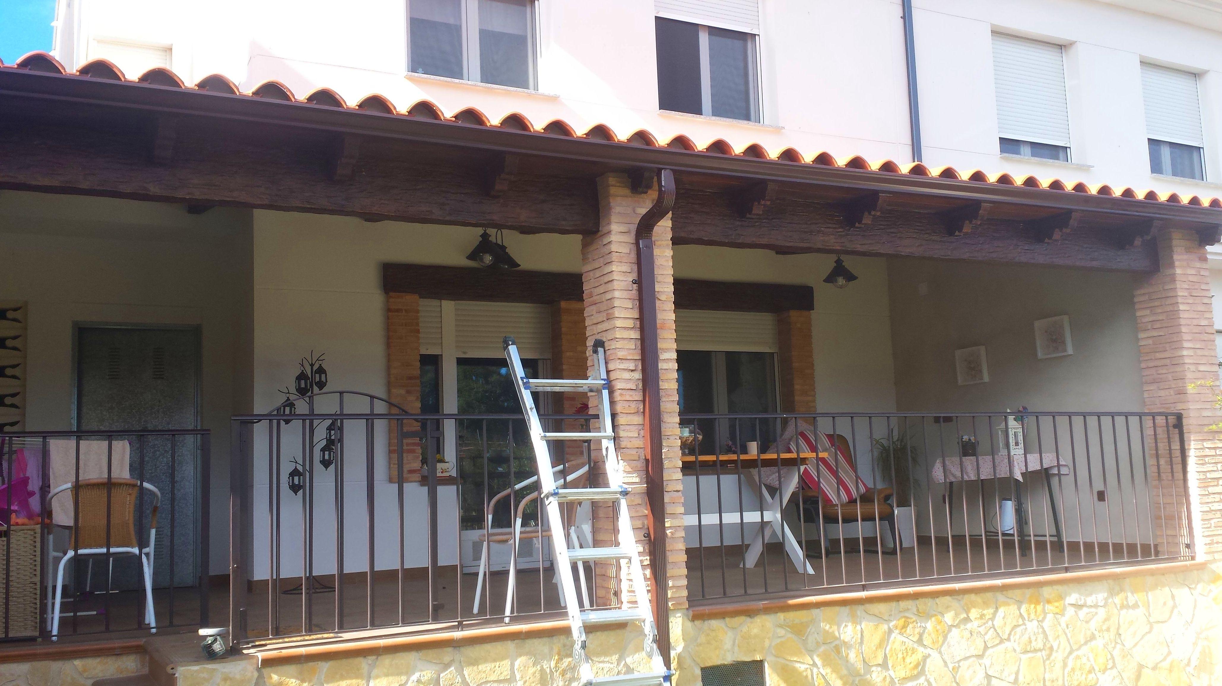 Foto 40 de Instalación y mantenimiento de canalones en Jaraíz de la Vera | Melpa Canalones