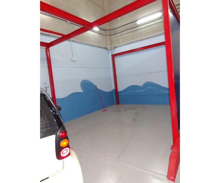 Taller con lavadero de vehículos en Arroyomolinos