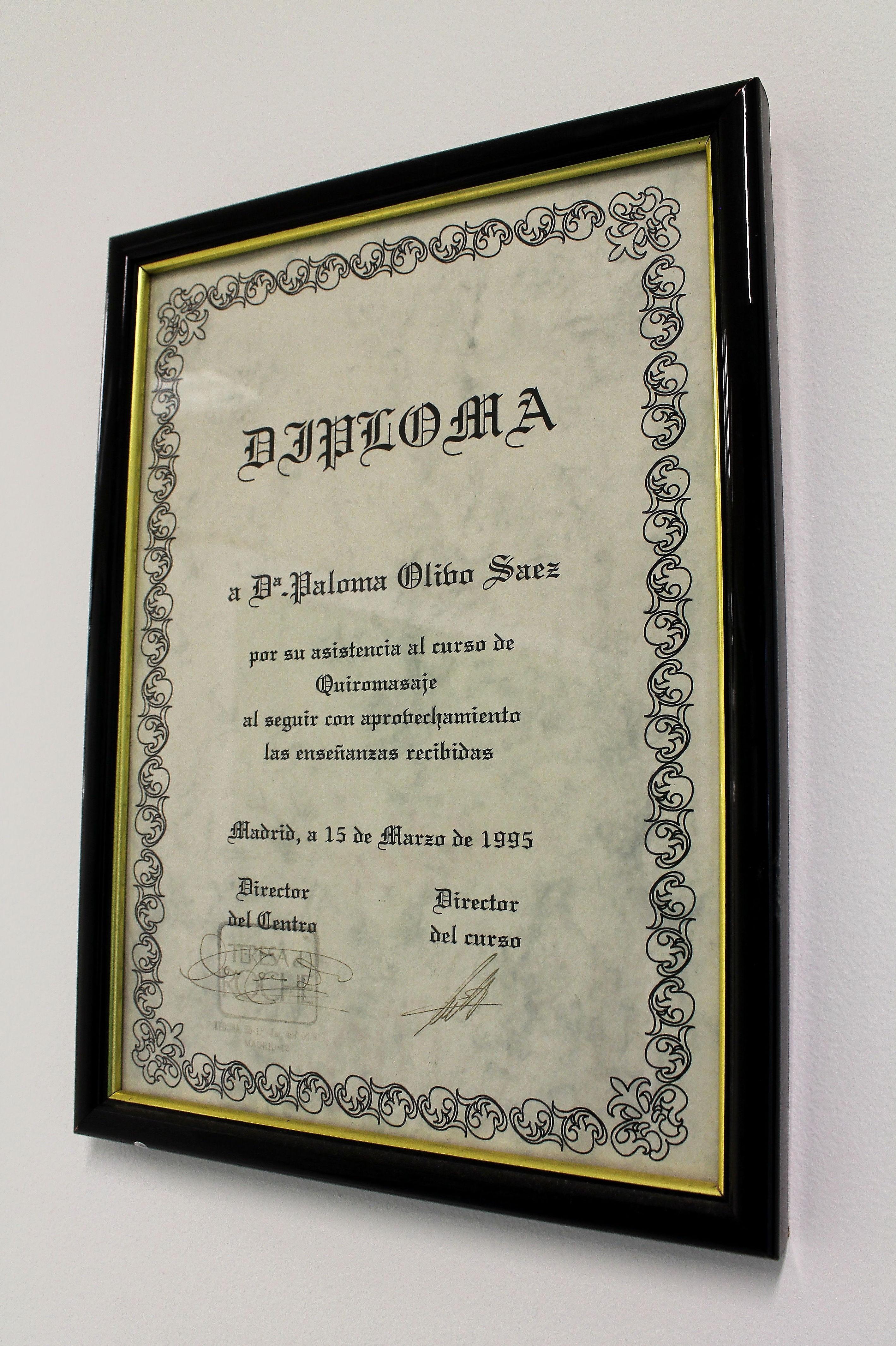 Diploma de un curso de quiromasaje