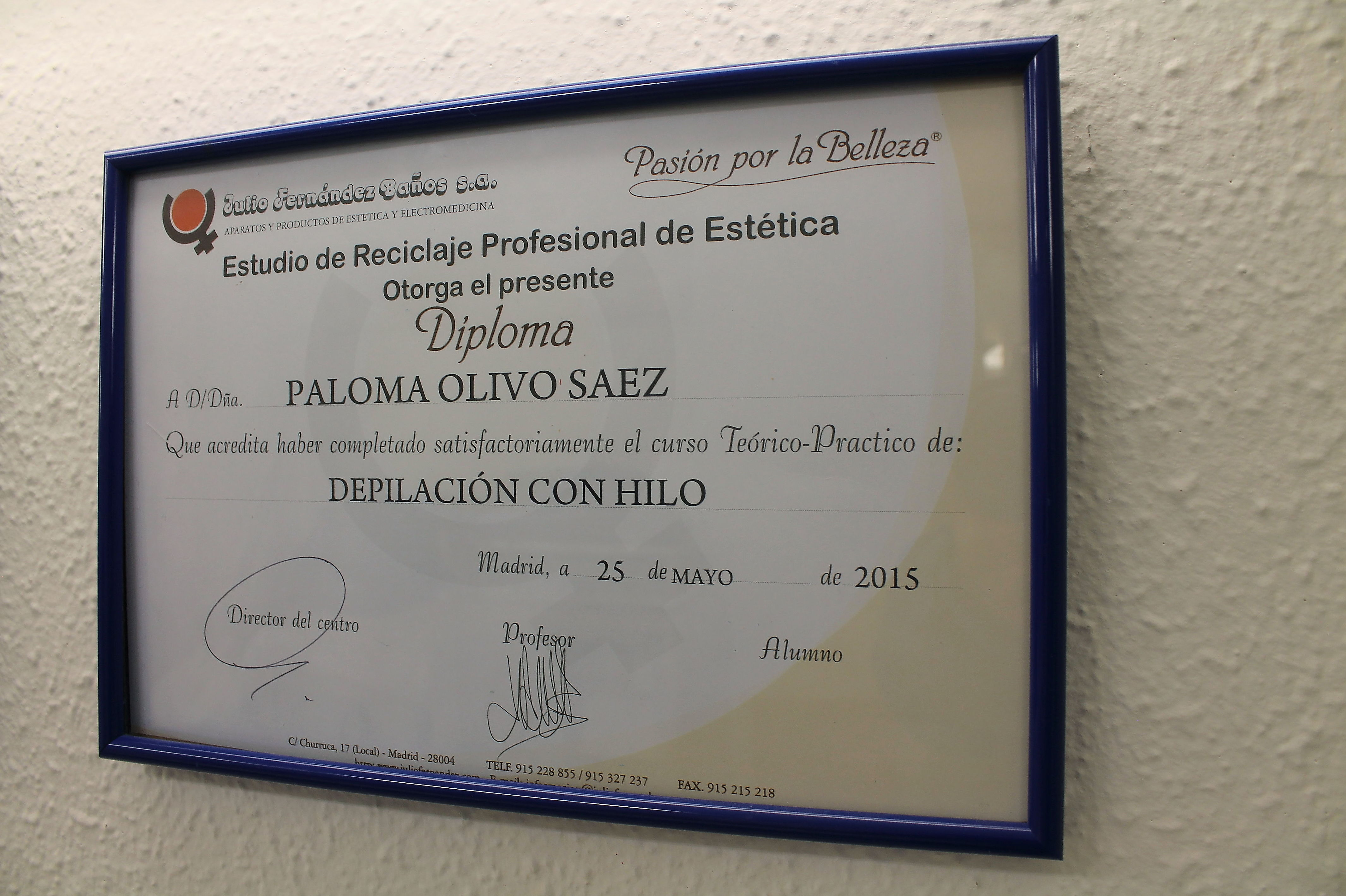 Diploma de depilación con hilo
