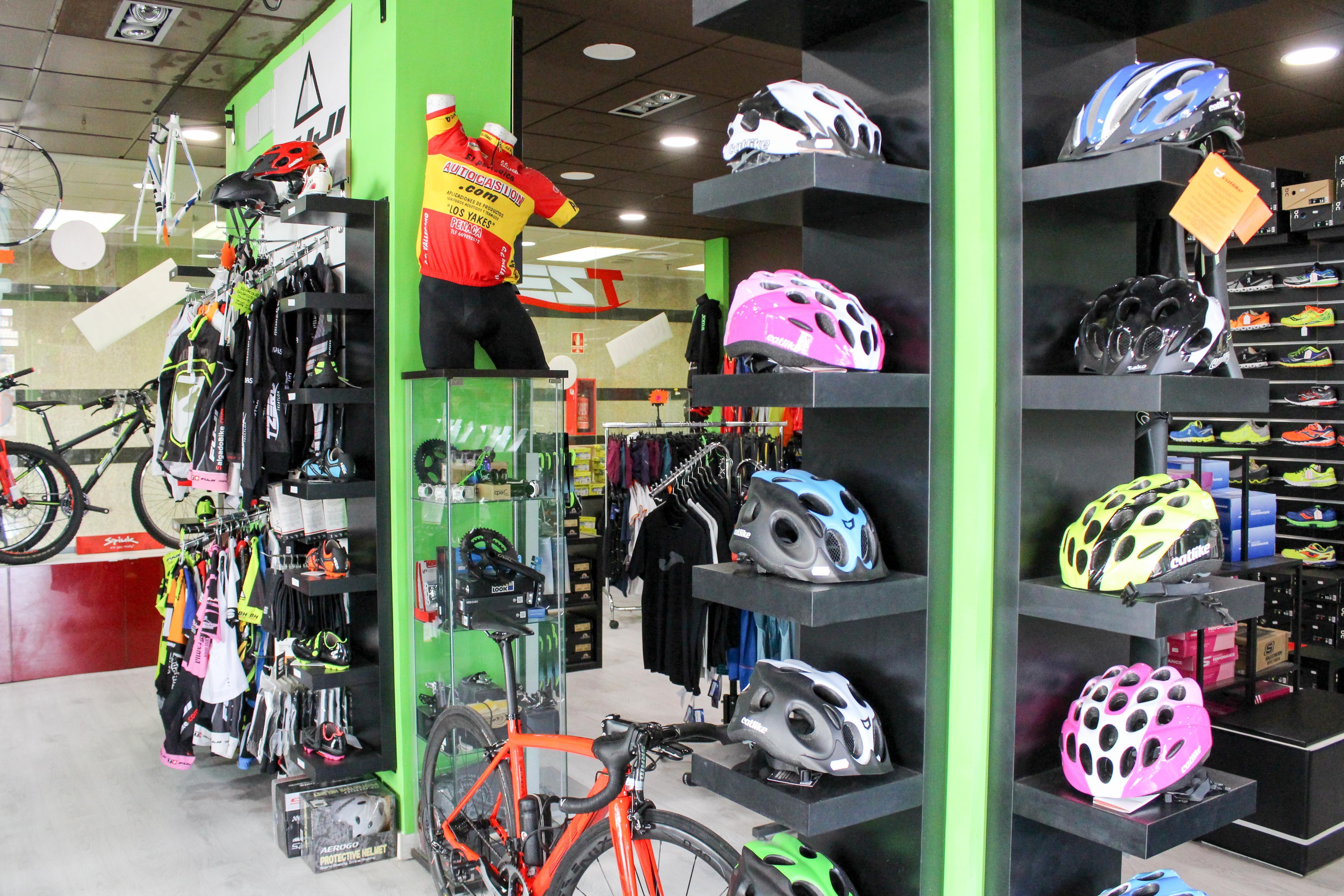 Foto 11 de Tienda online y física de deporte en Rivas-Vaciamadrid   TZERO Triatlón