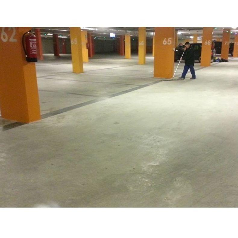Limpieza de garajes y parkings: Servicios de Colombiana de limpiezas