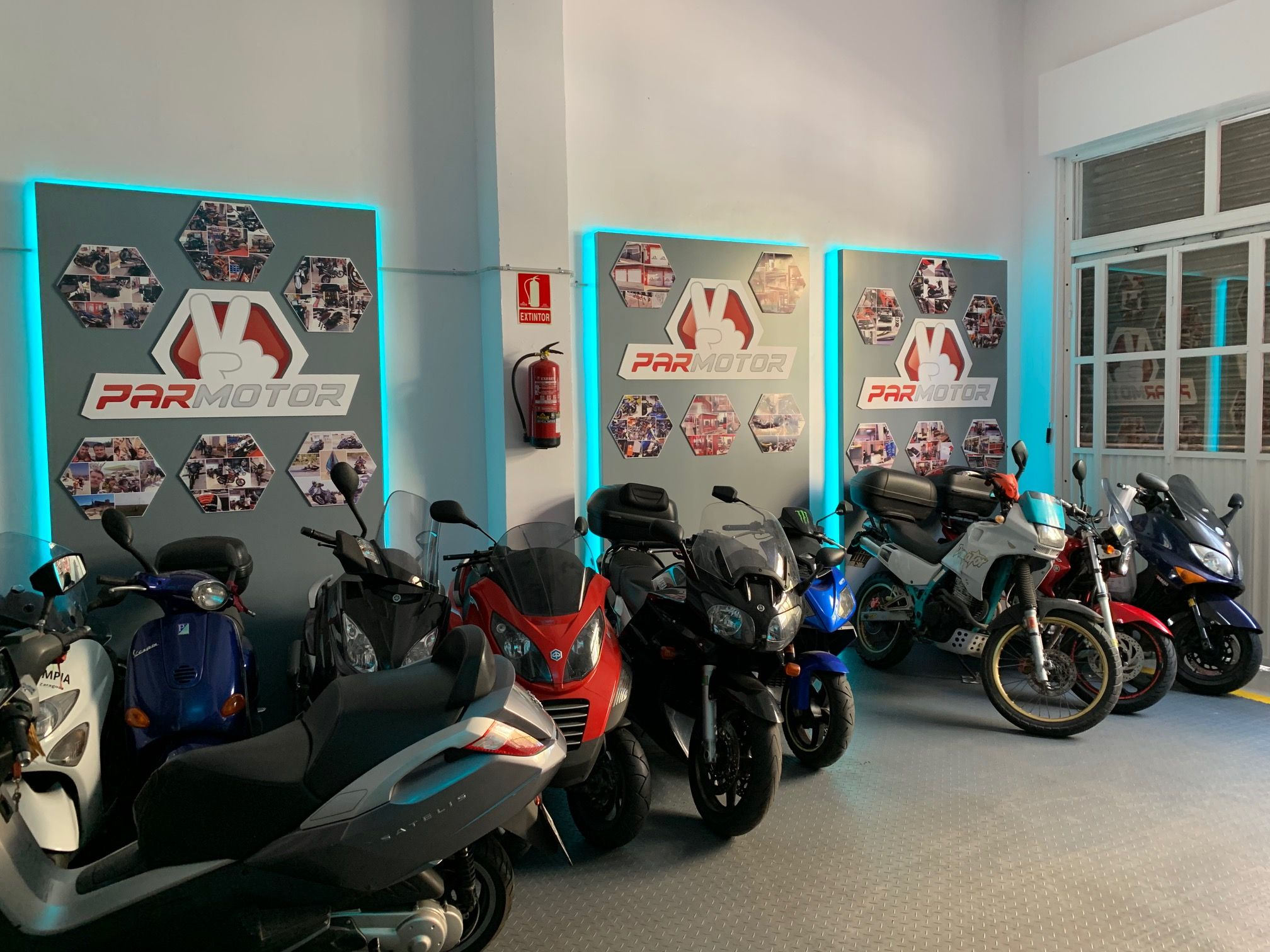 Foto 2 de Motos en  | Par Motor Zaragoza
