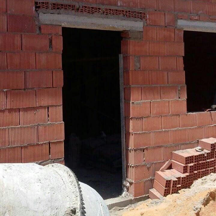Construcciones: Trabajos de Construcciones y Reformas Adrián
