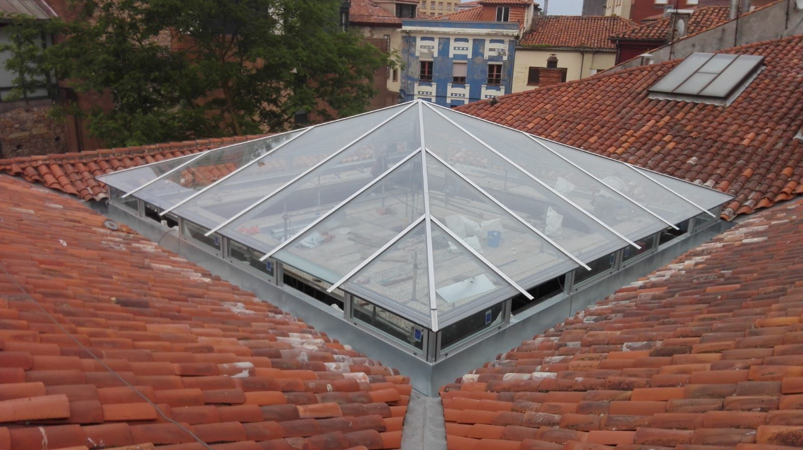 Foto 9 de Reparación de tejados en Oviedo | Tejamar