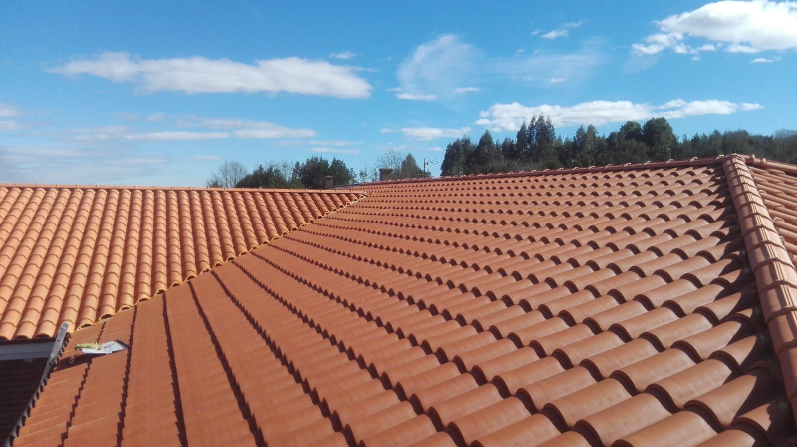 Foto 4 de Reparación de tejados en Oviedo | Tejamar