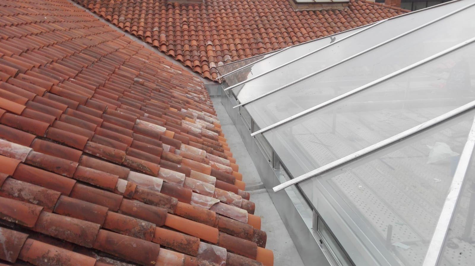 Foto 10 de Reparación de tejados en Oviedo | Tejamar