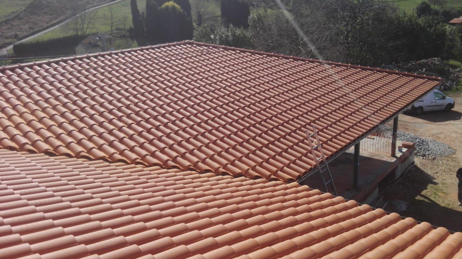 Foto 2 de Reparación de tejados en Oviedo   Tejamar