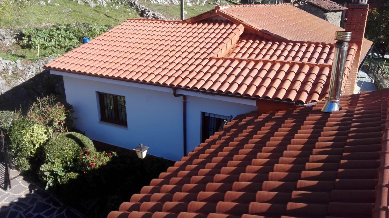 Foto 7 de Reparación de tejados en Oviedo | Tejamar