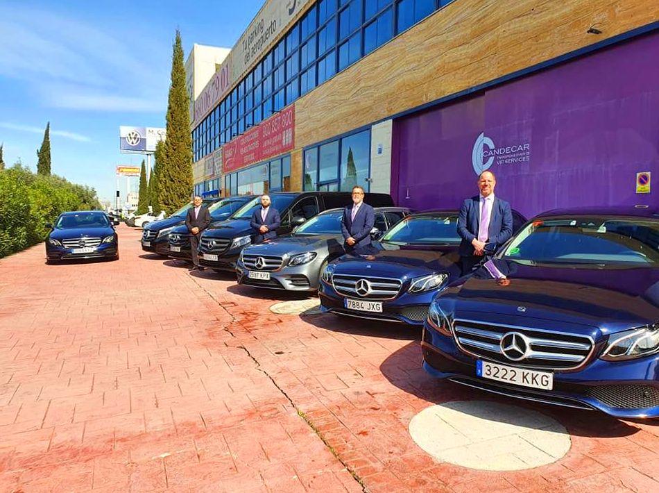 Foto 1 de Alquiler de vehículos con conductor en    Candecar
