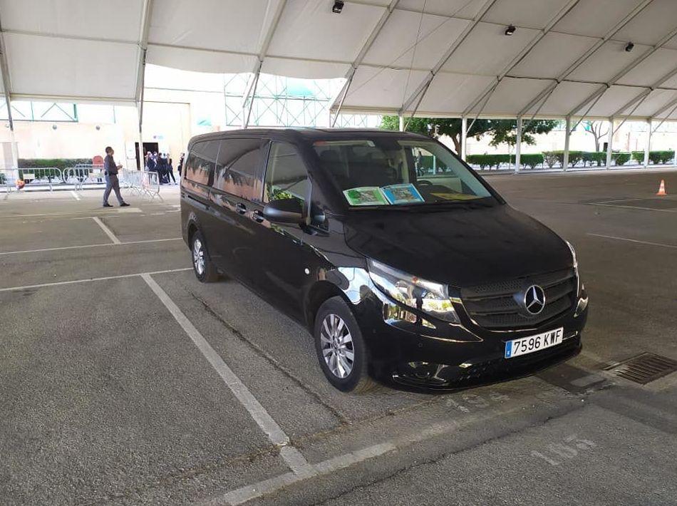 Foto 17 de Alquiler de vehículos con conductor en    Candecar