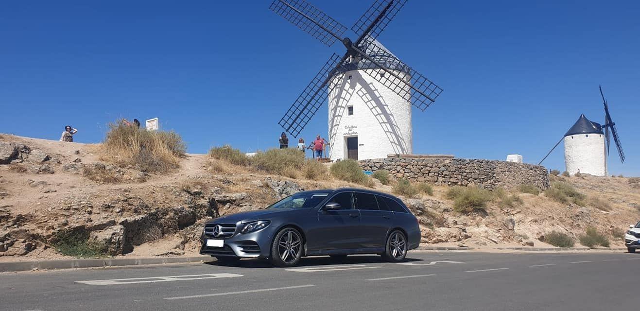 Alquiler de vehículos de lujo con conductor en Madrid