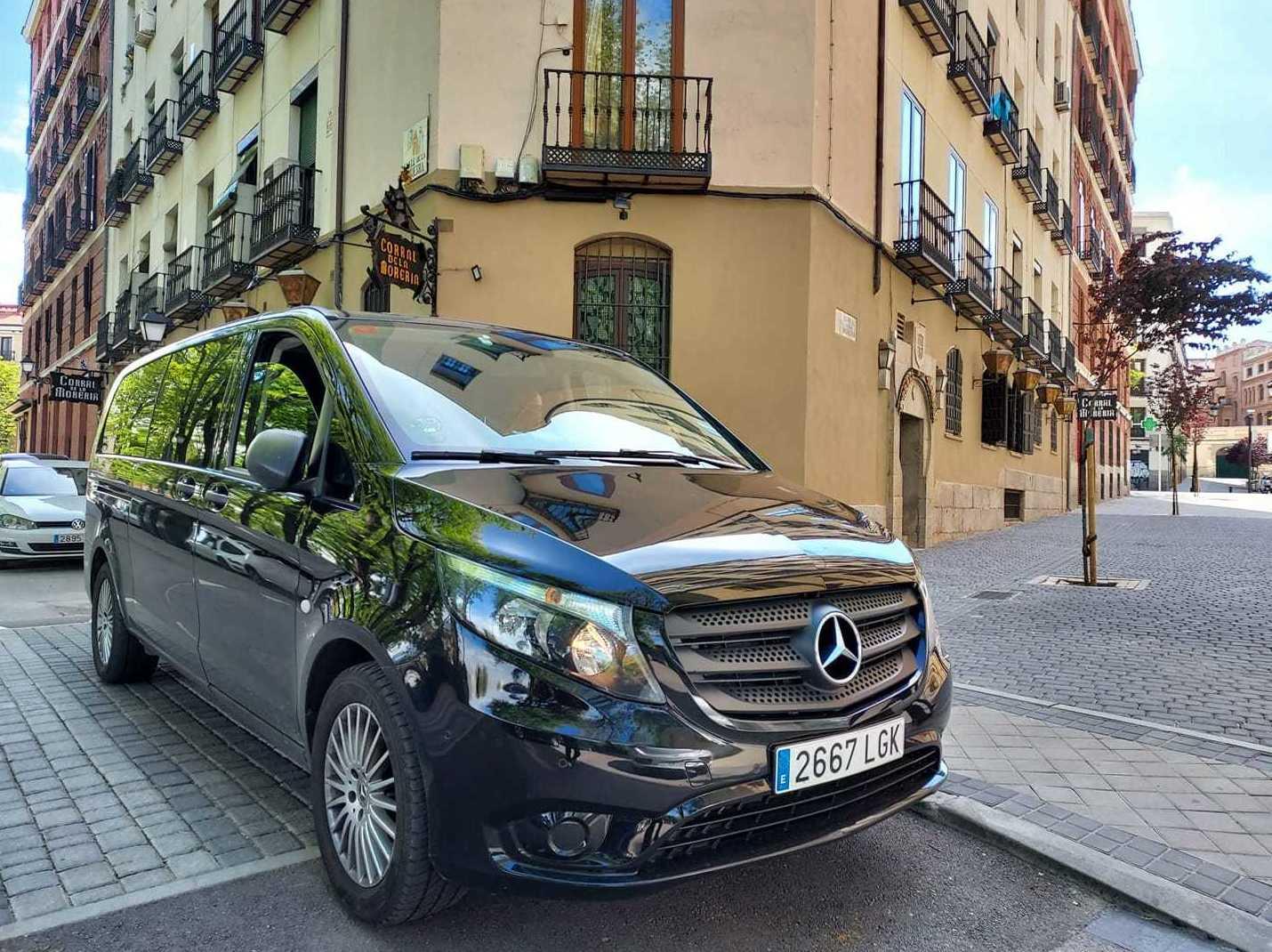 Foto 9 de Alquiler de vehículos con conductor en  | Candecar