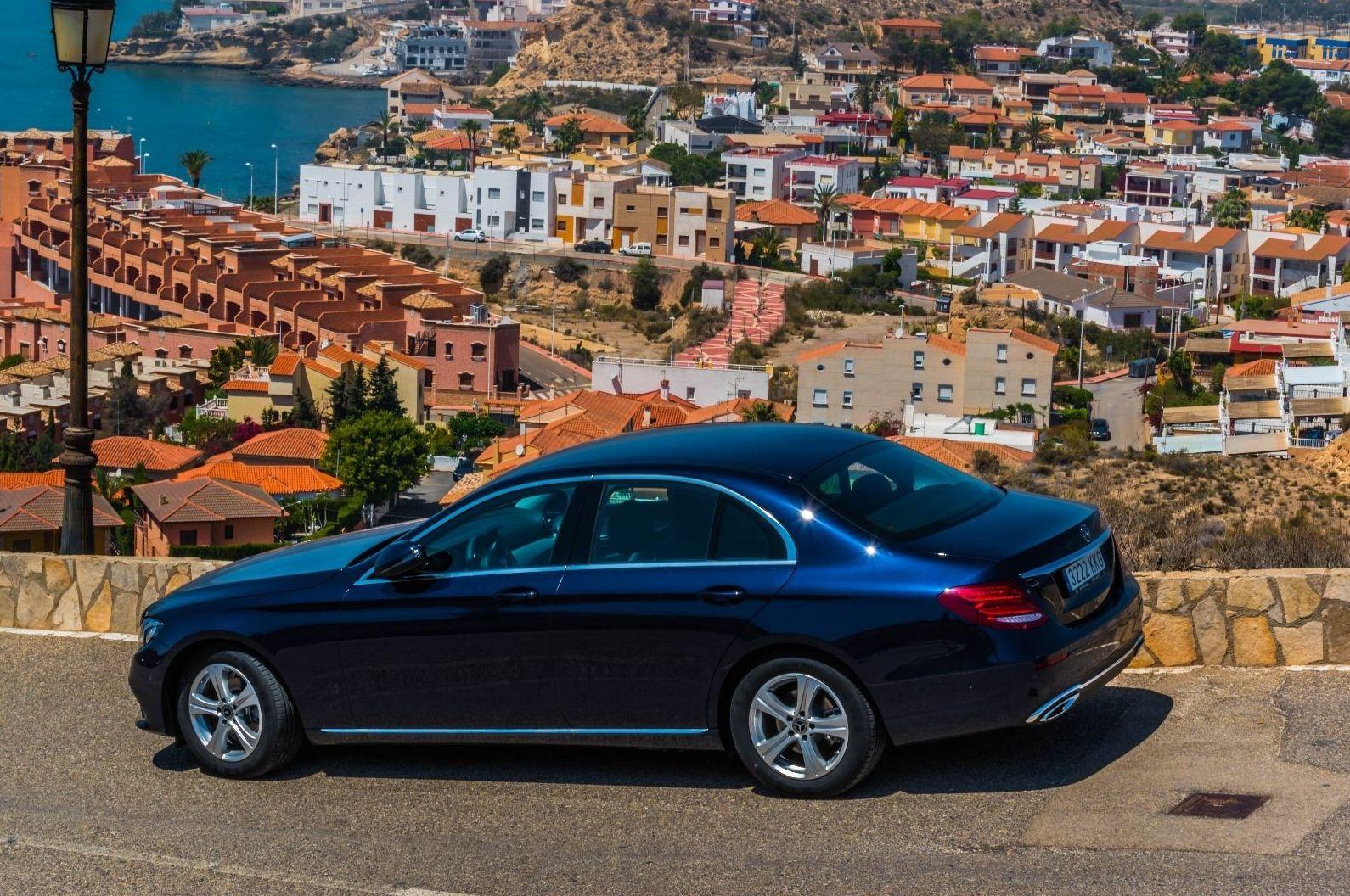 Foto 6 de Alquiler de vehículos con conductor en    Candecar