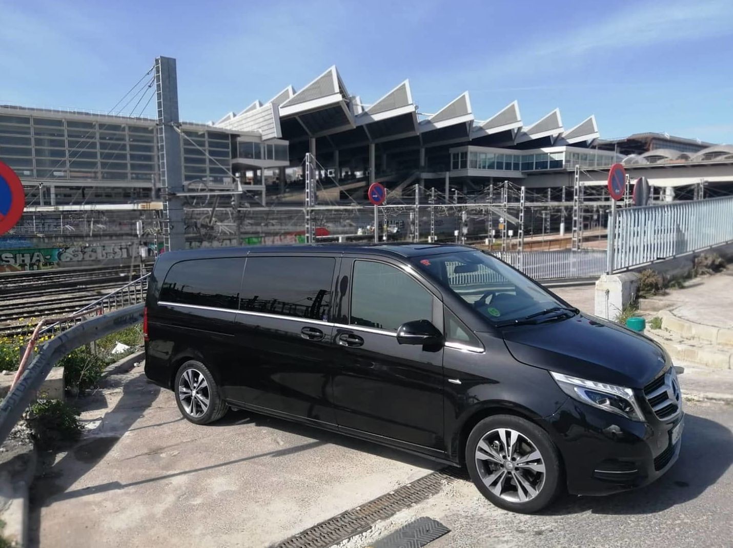 Foto 4 de Alquiler de vehículos con conductor en  | Candecar