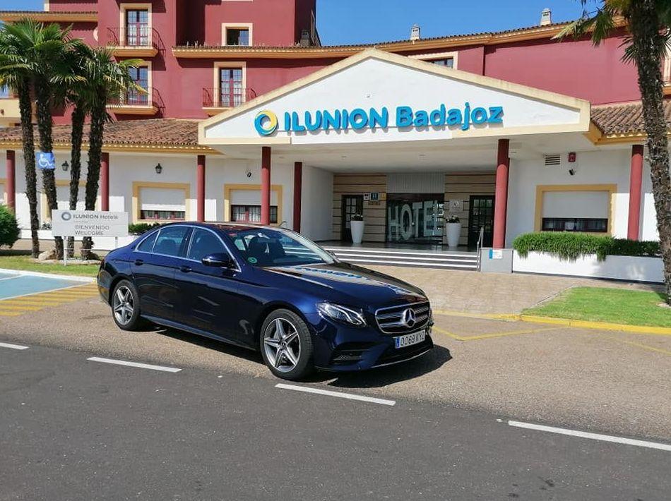 Foto 14 de Alquiler de vehículos con conductor en    Candecar
