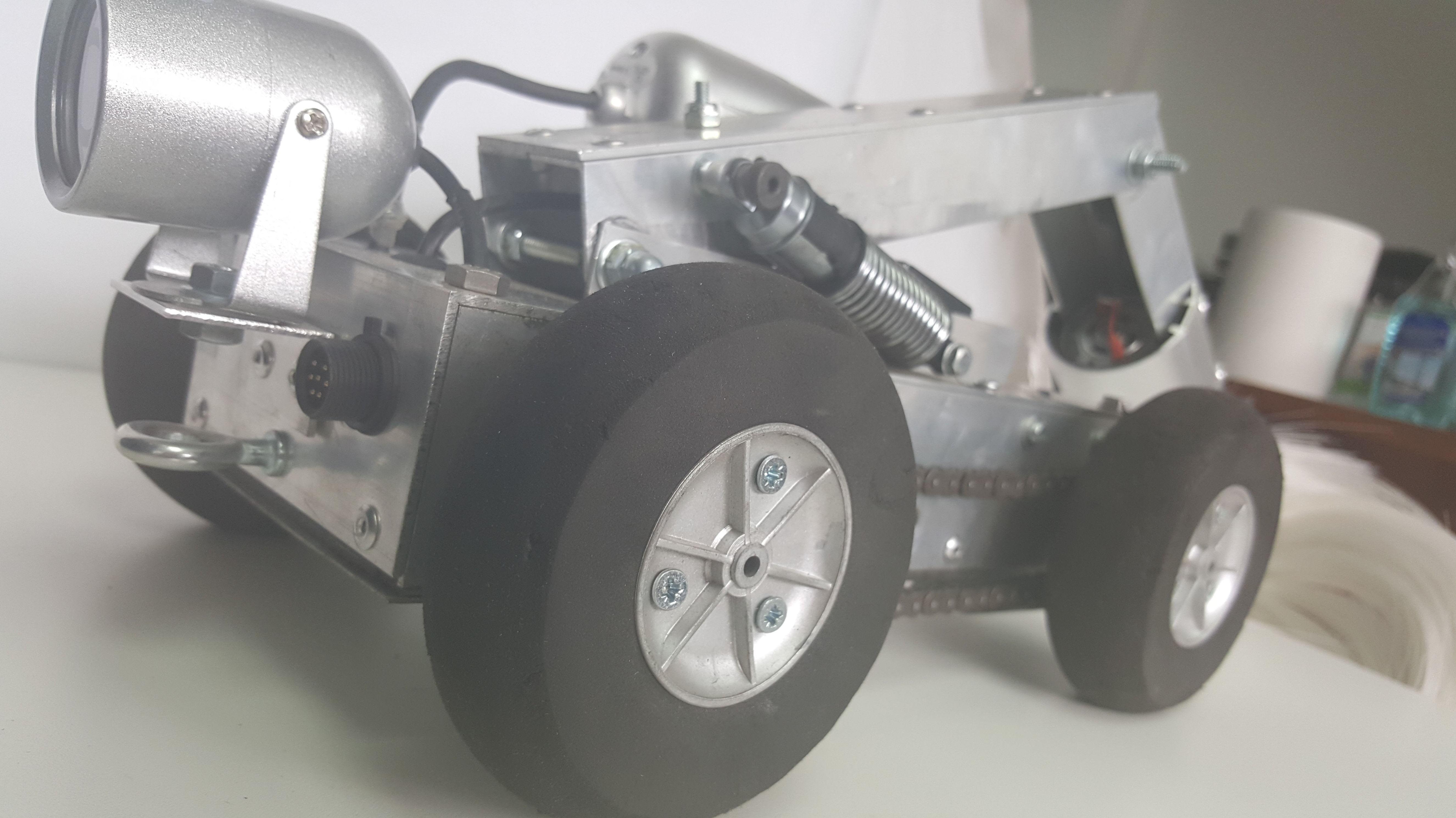 Robot para limpieza de conductos de climatización