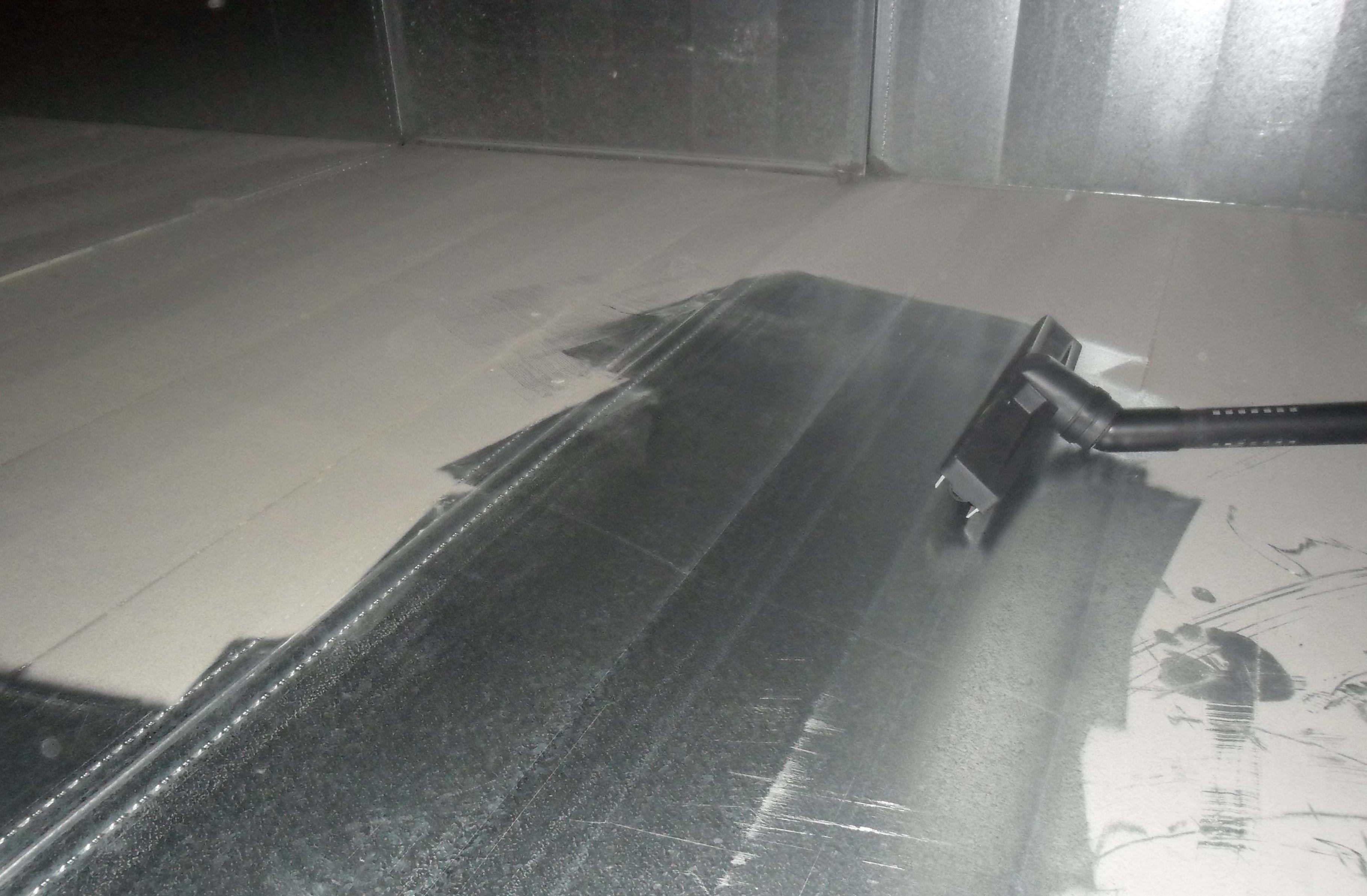 Empresa especializada en limpieza interior de conductos de climatización