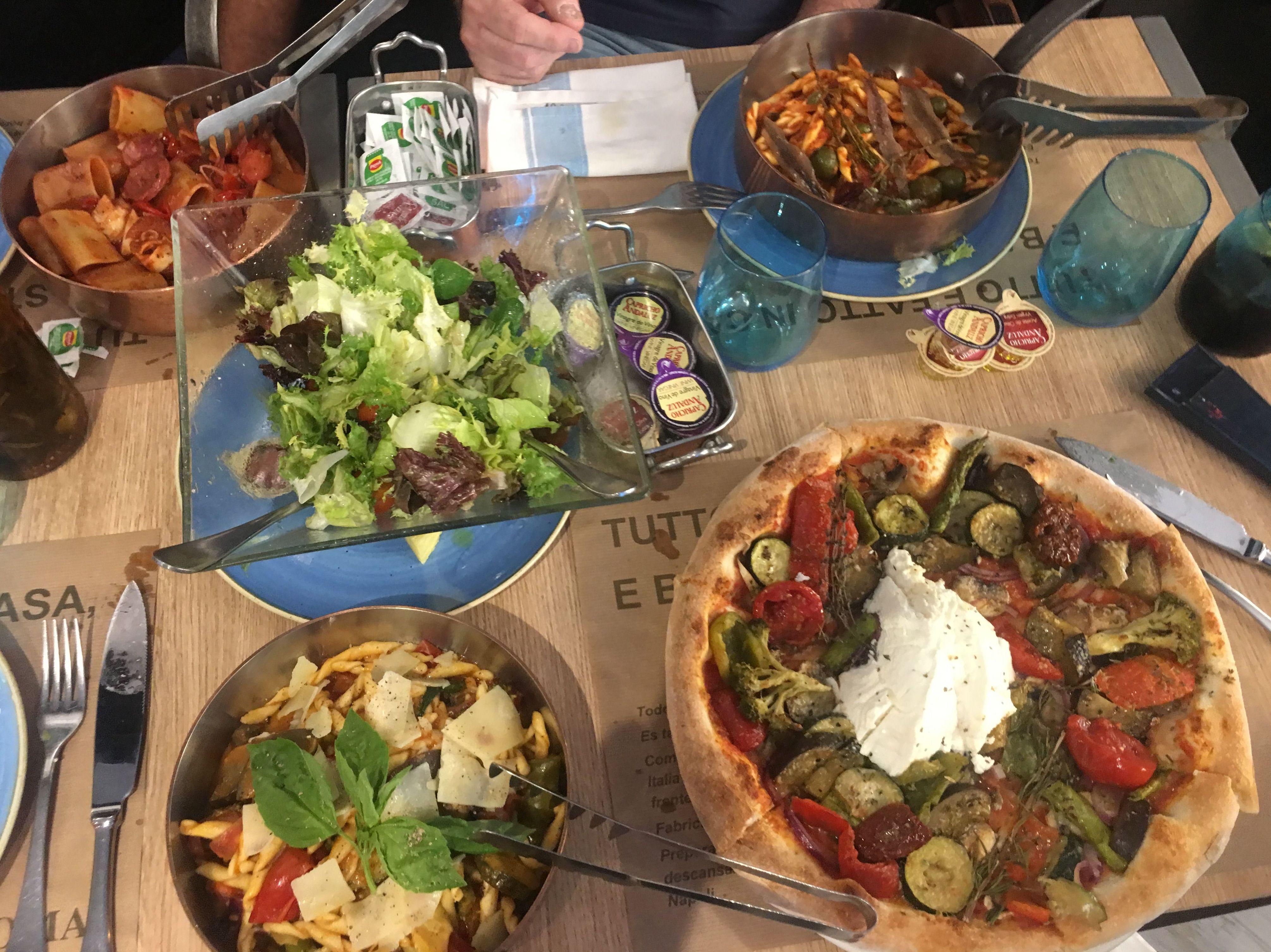 Foto 52 de Cocina italiana en VALENCIA | Pizza Roma