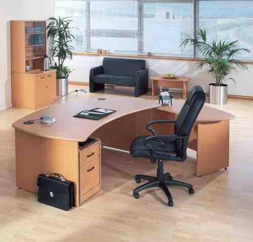 Foto 2 de Centros de negocios en  | Centro de Negocios Famar
