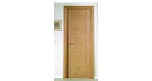 puerta de madera vitoria