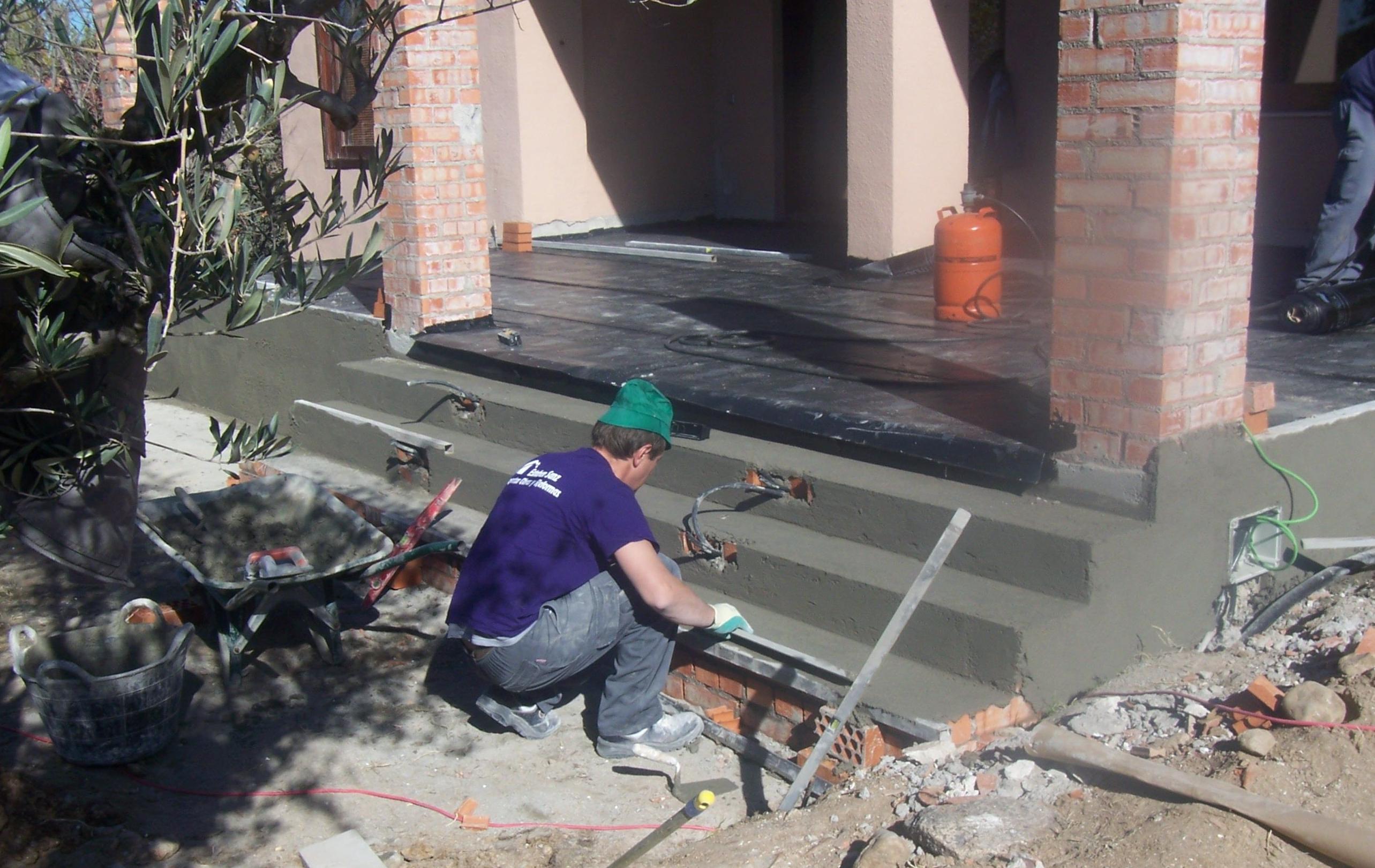 ALBAÑILERIA Y PLADUR: Nuestros servicios de Esteban Sanz Proyectos, Obras y Reformas