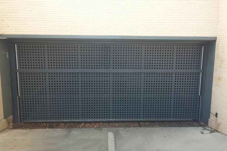 Empresa especializada en puertas de garaje