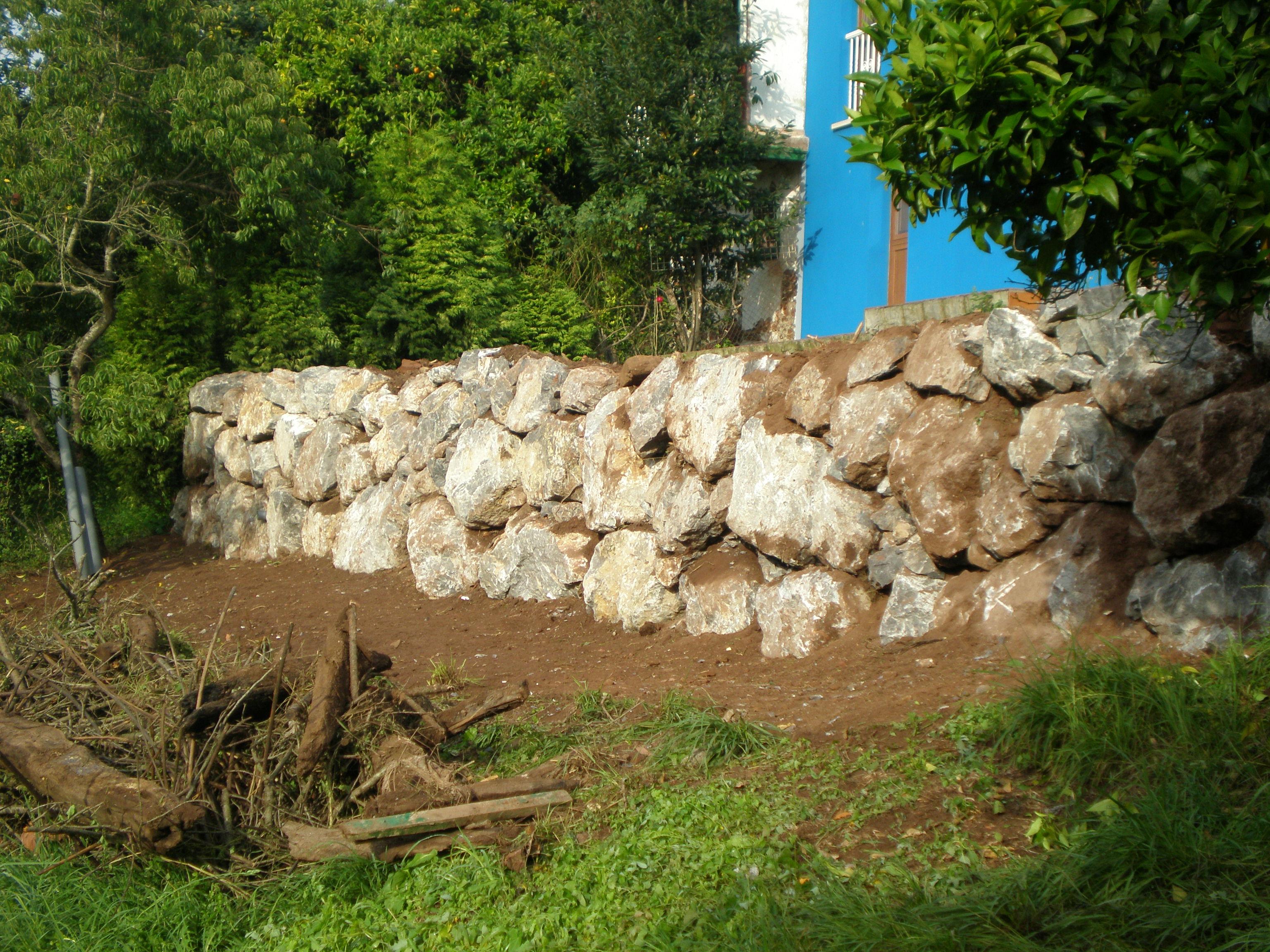CONSTRUCCION DE ESCOLLERA