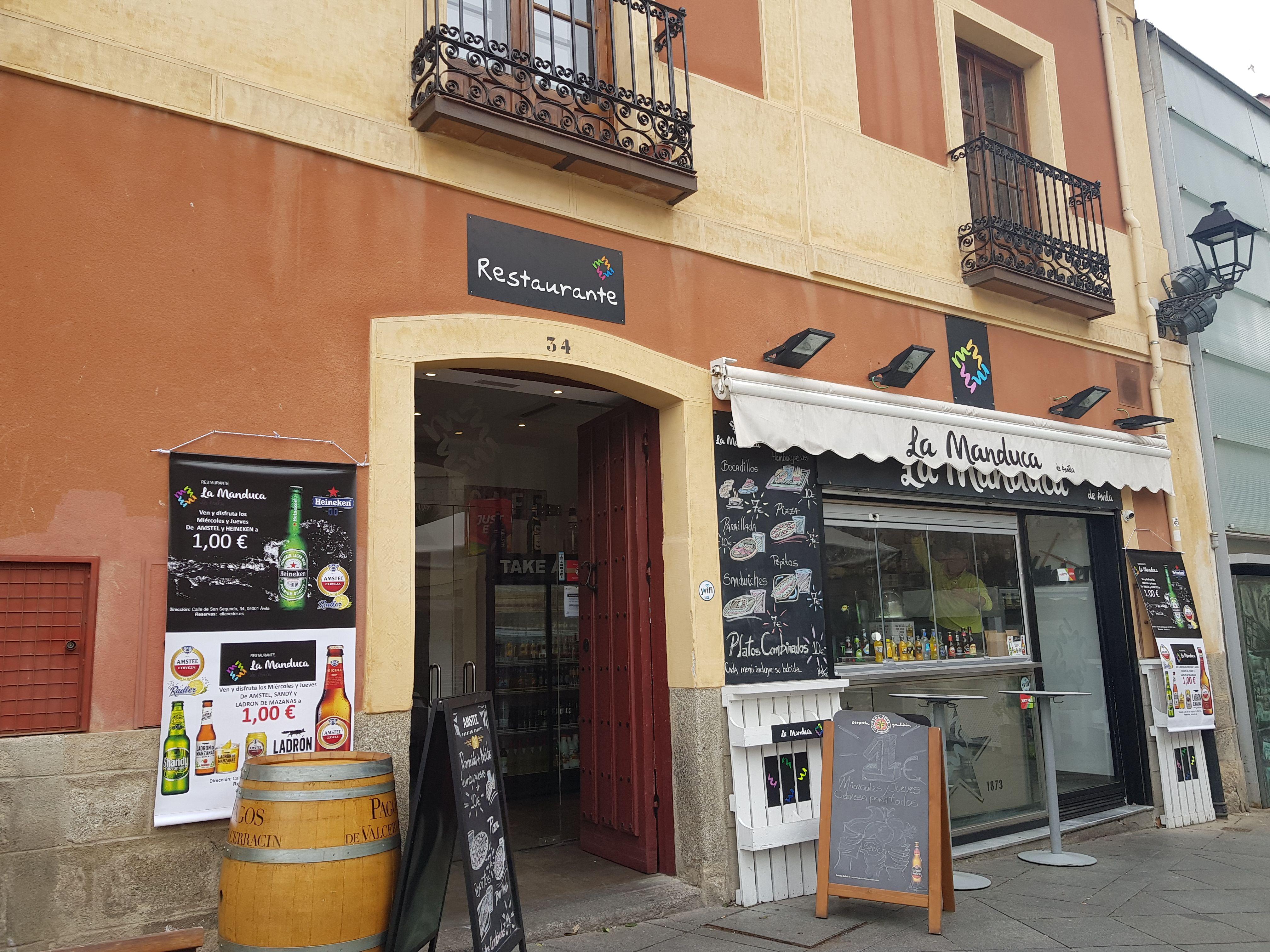 Restaurante con desayunos y meriendas en Ávila