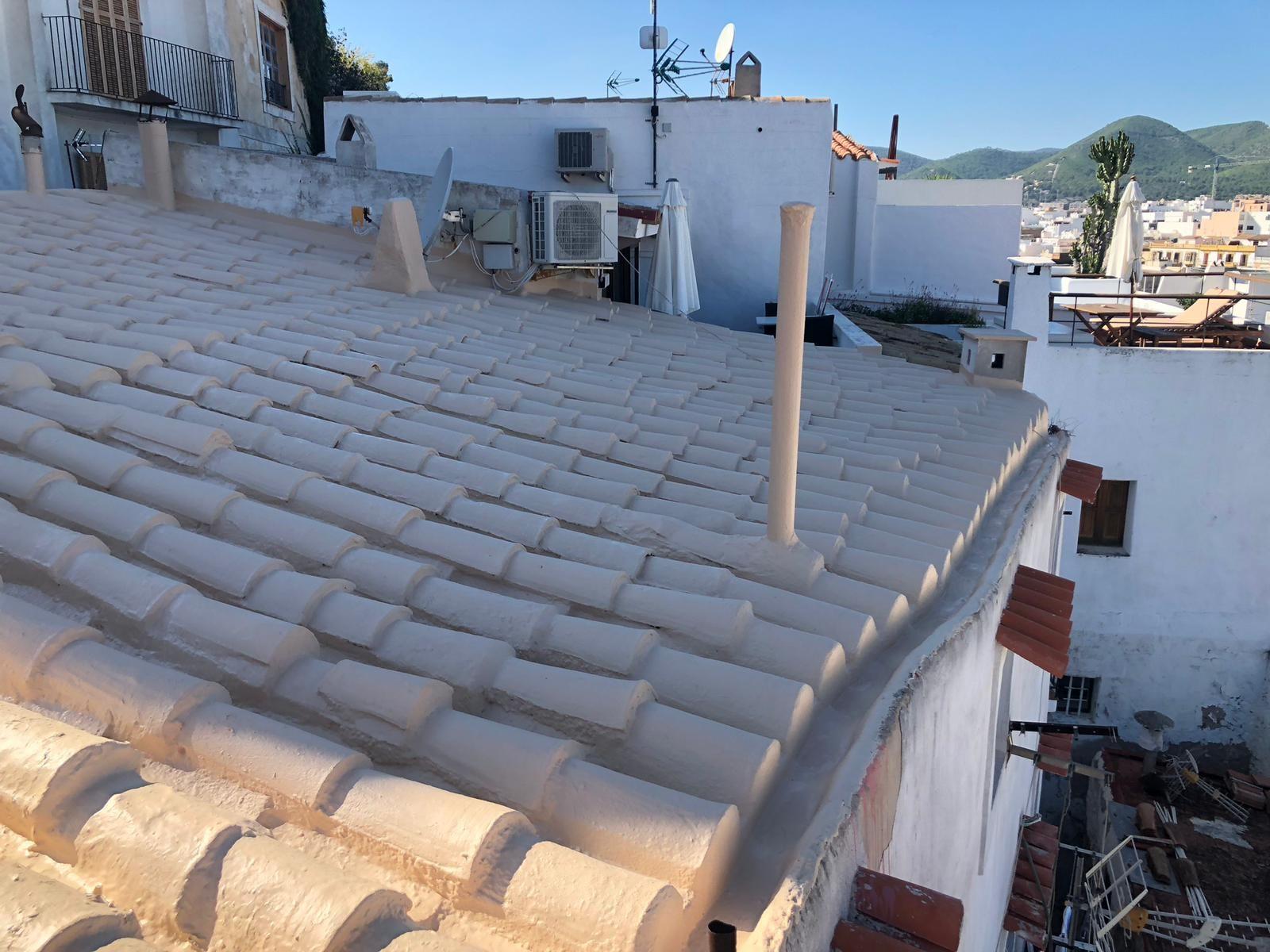 Foto 9 de Cubiertas y tejados en Sant Antoni de Portmany | Impermeabilizaciones Laachiri Bachir Ibiza