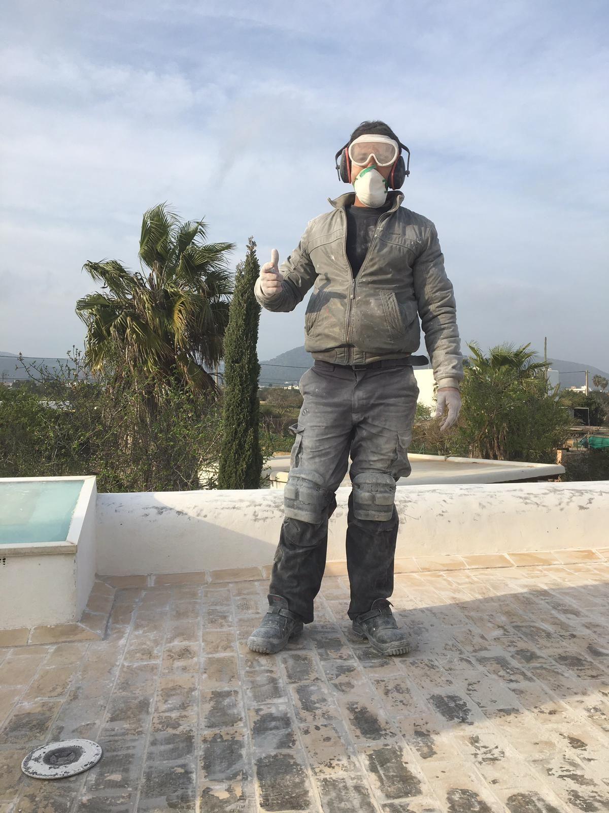Foto 26 de Cubiertas y tejados en Sant Antoni de Portmany | Impermeabilizaciones Laachiri Bachir Ibiza