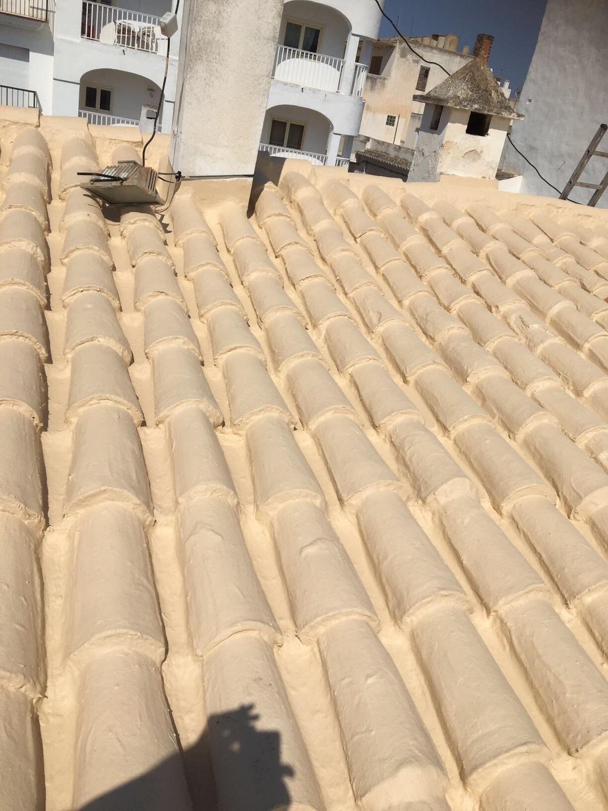 Foto 34 de Cubiertas y tejados en Sant Antoni de Portmany | Impermeabilizaciones Laachiri Bachir Ibiza