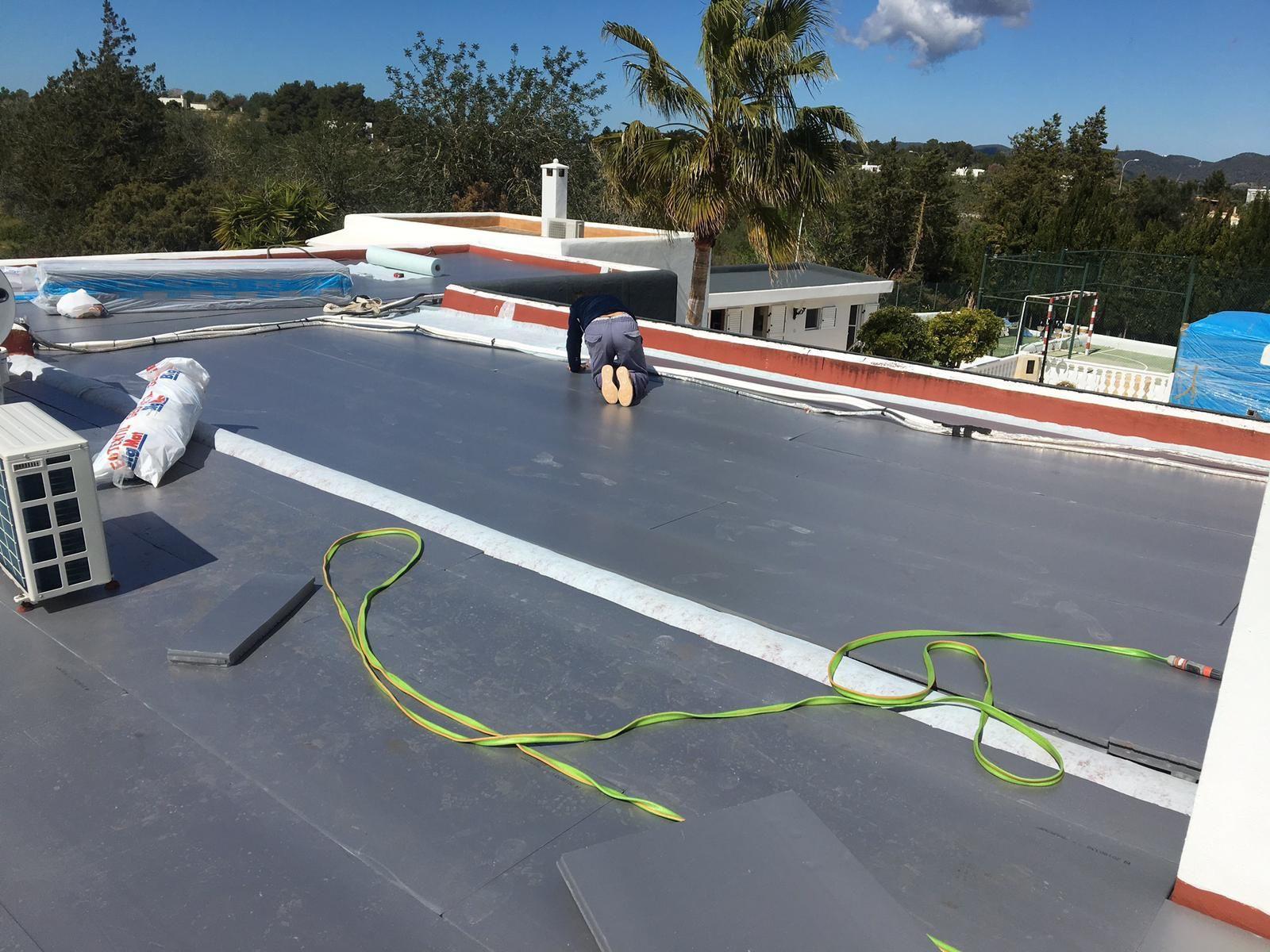 Foto 25 de Cubiertas y tejados en Sant Antoni de Portmany | Impermeabilizaciones Laachiri Bachir Ibiza