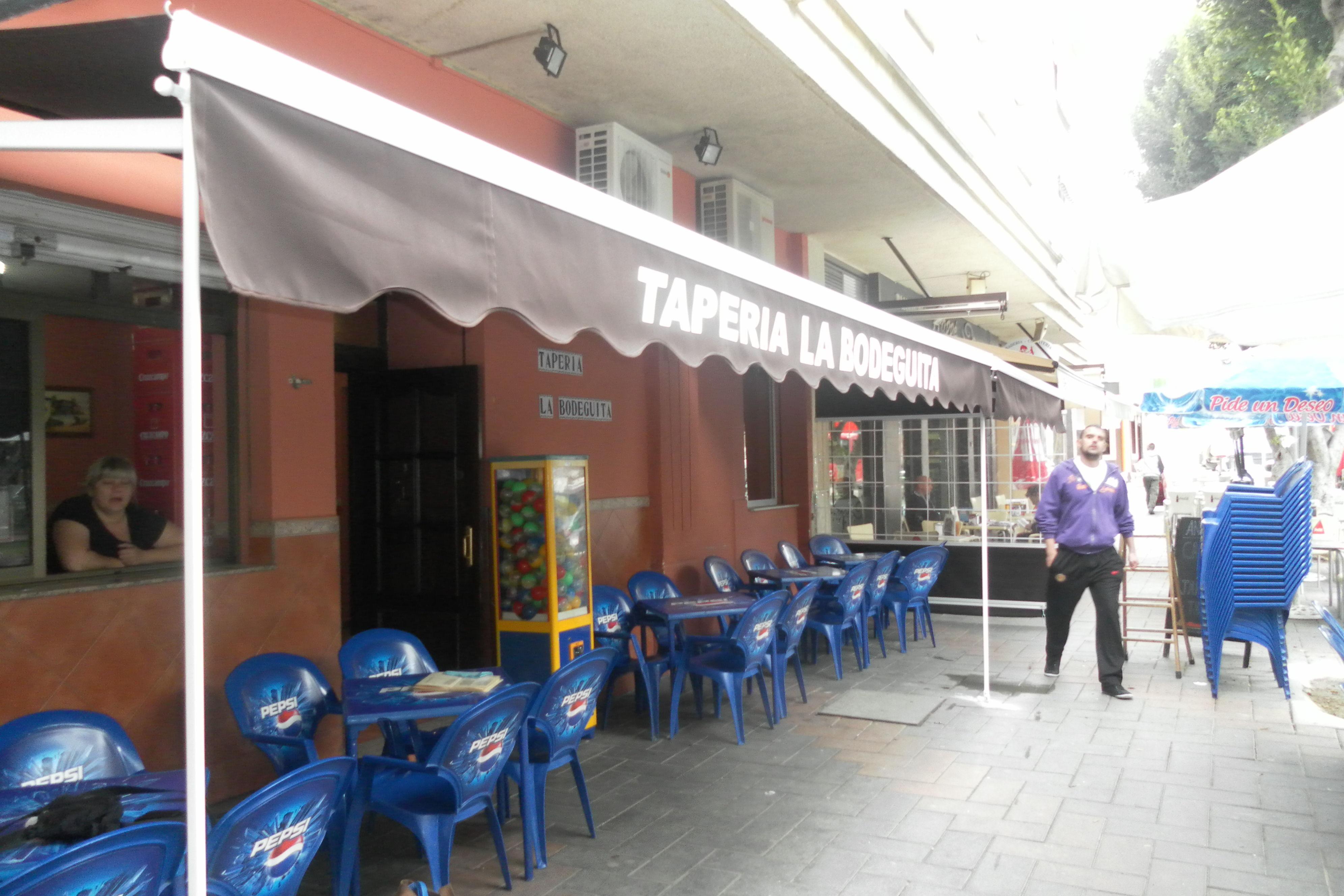 Foto 55 de Toldos y pérgolas en Málaga | Toldos Suárez