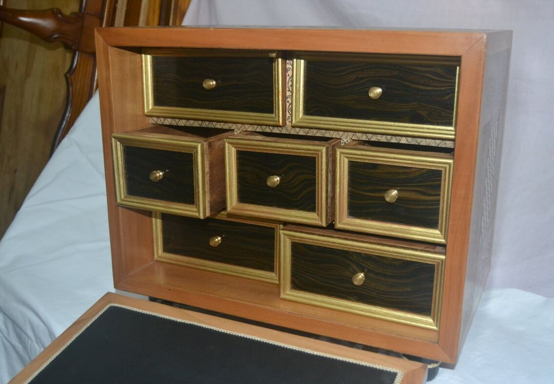 Muebles artesanales a medida en Santander
