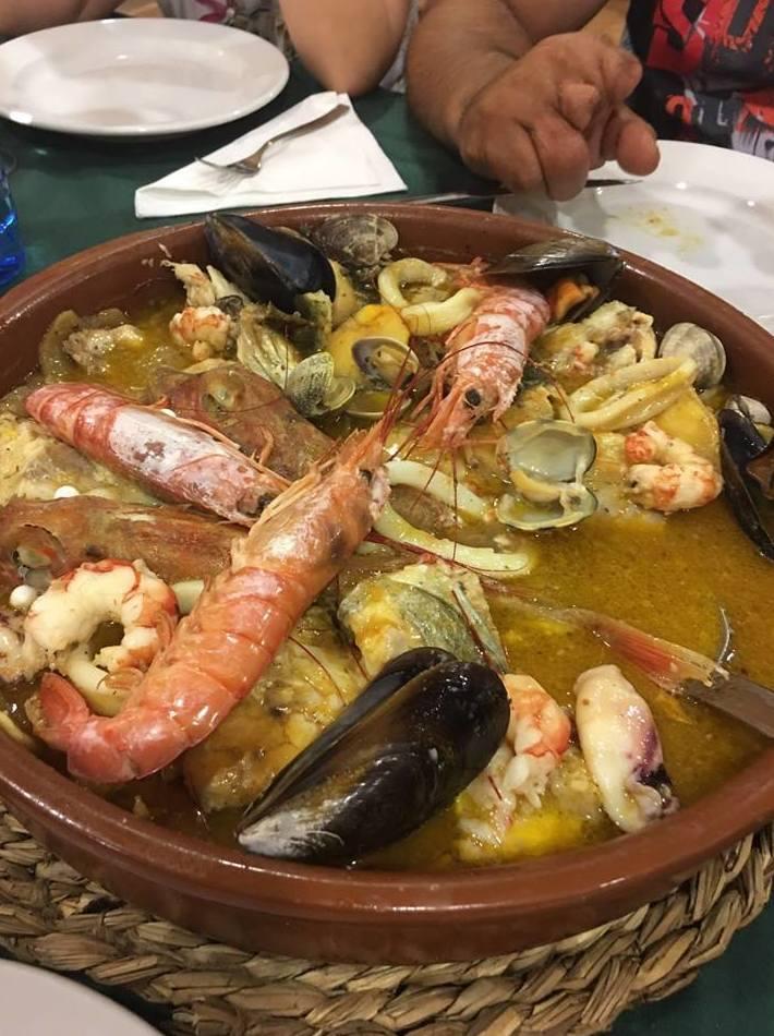 NUESTRA CALDERETA DE PESCADO Y MARISCO