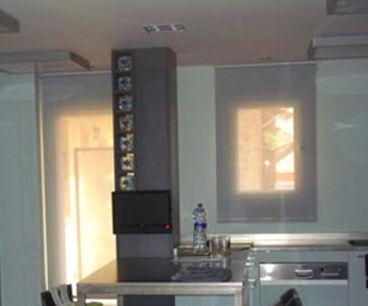 Foto 1 de Cortinas enrollables en Manresa | Organzi