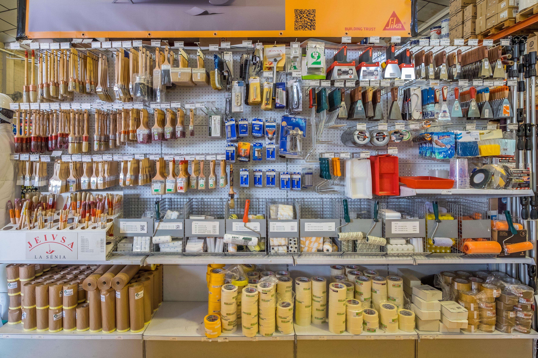 En Color Paint también tenemos herramientas para el pintor
