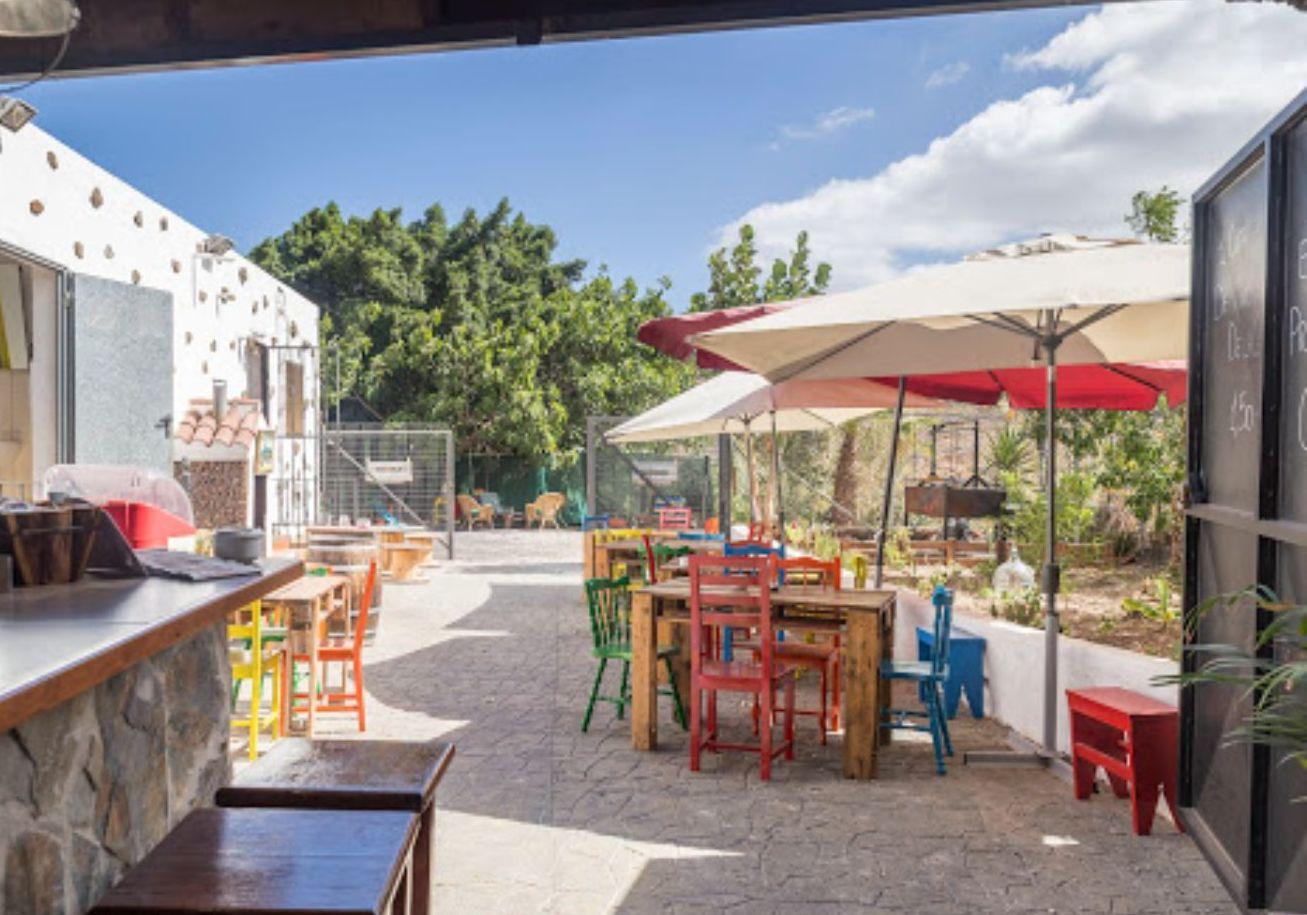 Foto 6 de Restaurant en  | Guachinche La Cueva de Chichio