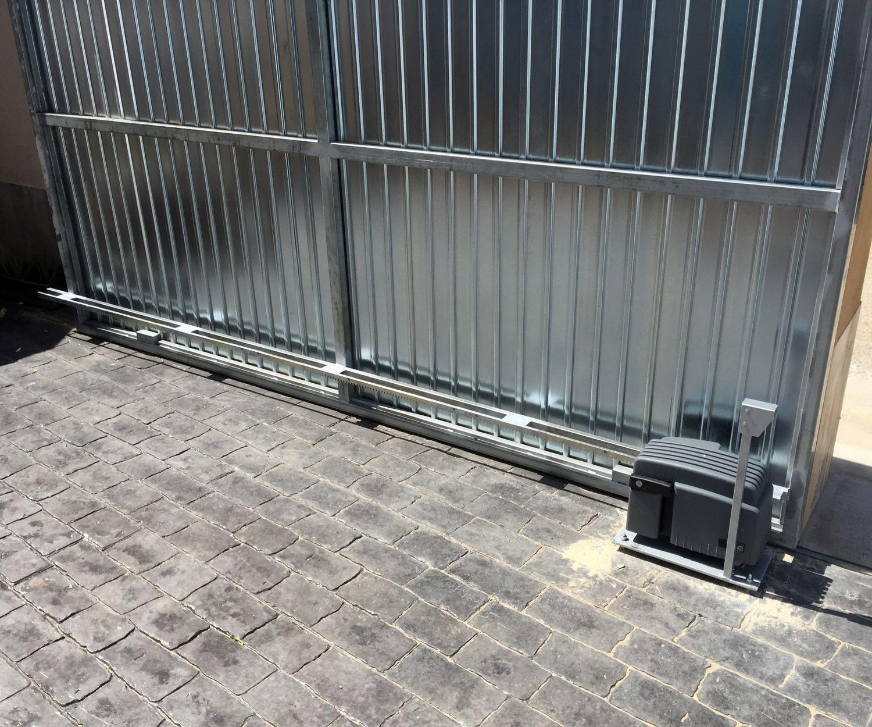 Puertas metálicas automáticas