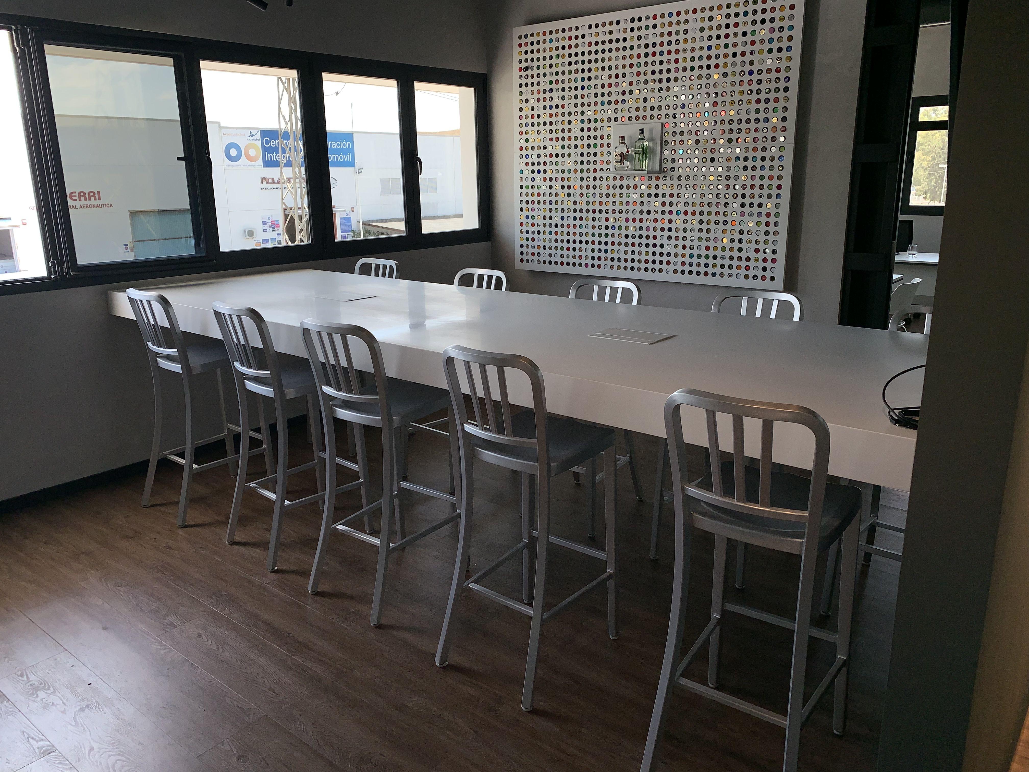 Mobiliario centros de trabajo y reuniones